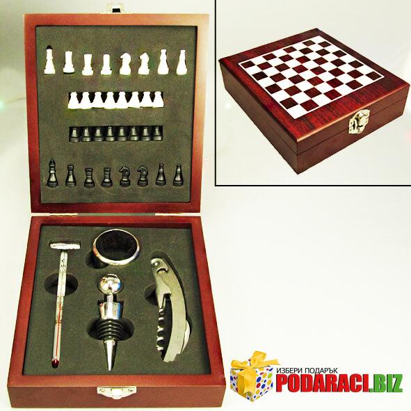 -вино-в-дървена-кутия-с-шах.jpg
